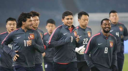 Players of Evergrande Taobao F.C..